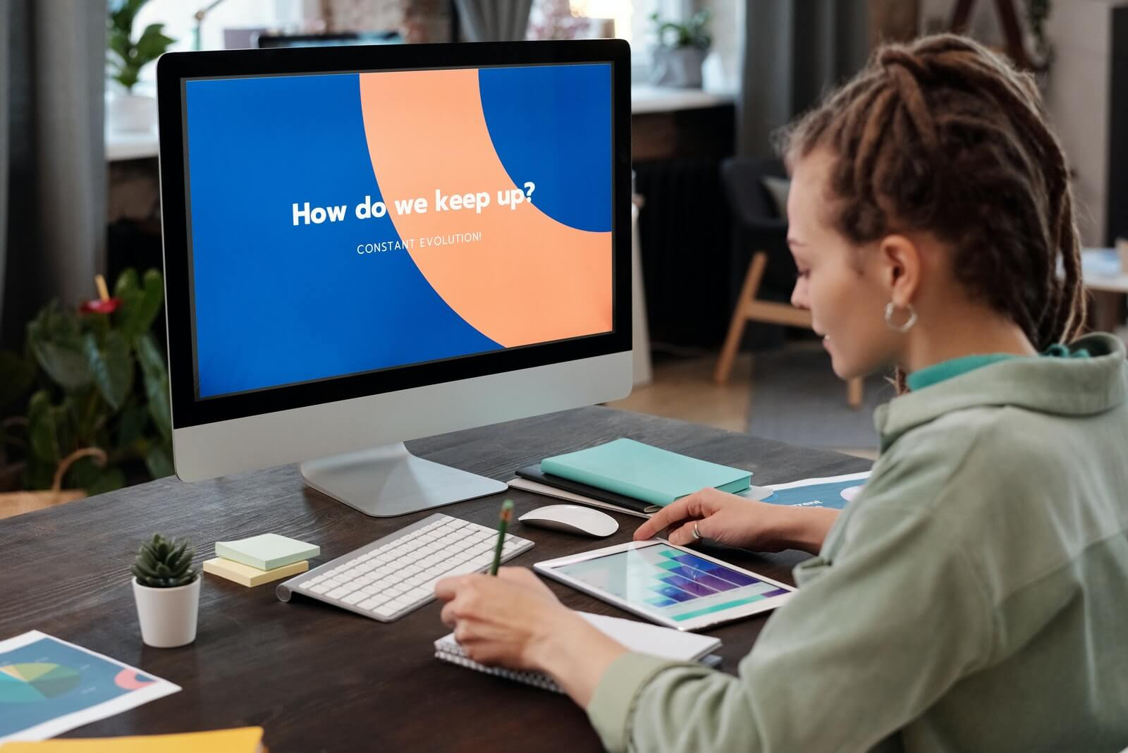 woman works on presentation preparing for responsive search ads
